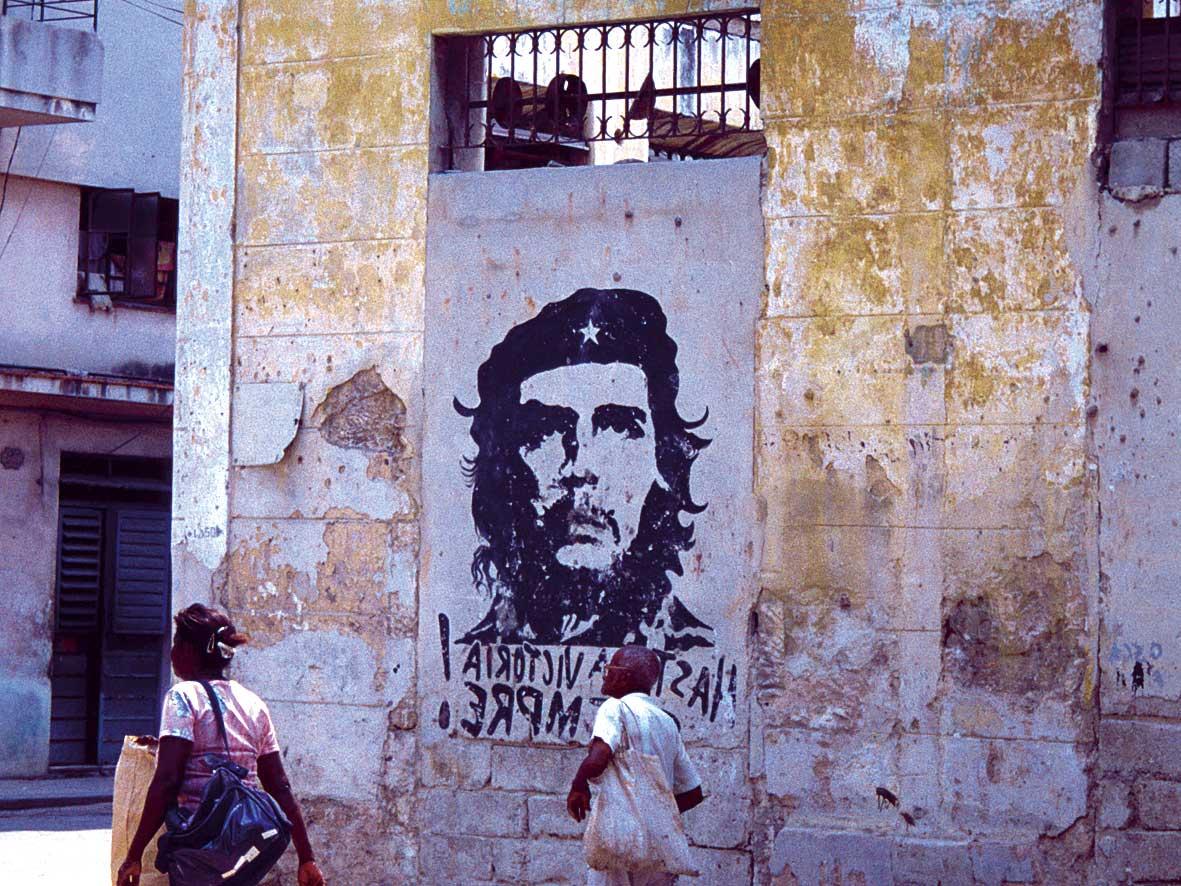 Neue Weltwunderstädte Havanna und La Paz