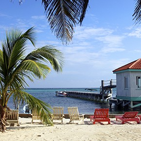 Condor verbindet Cancun mit Belize City