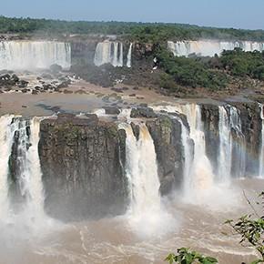 Iguacu Wasserfälle wieder offen